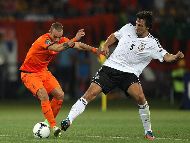 Mats Hummels, Wesley Sneijder