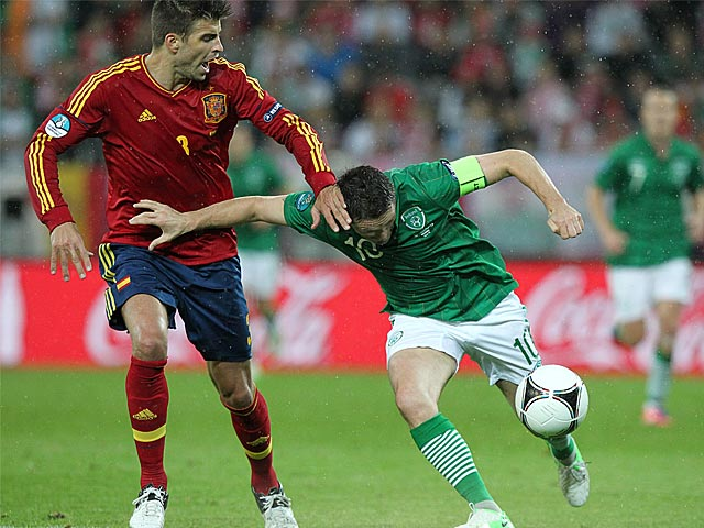 Robbie Keane, Gerard Pique