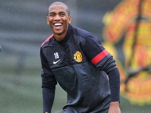 Ashley Young trains with United