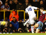 Jermain Defoe strikes to score the opener on November 25, 2012