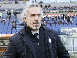 Parma coach Roberto Donadoni on the touchline in the match against Lazio on December 2, 2012