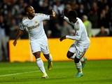 Wayne Routledge celebrates Swansea's second goal on November 28, 2012