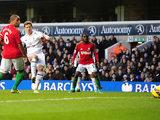 Jan Vertonghen strikes to score the winner against Swansea on December 16, 2012