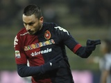 Cagliari's Mauricio Pinilla celebrates his goal against Juventus on December 21, 2012