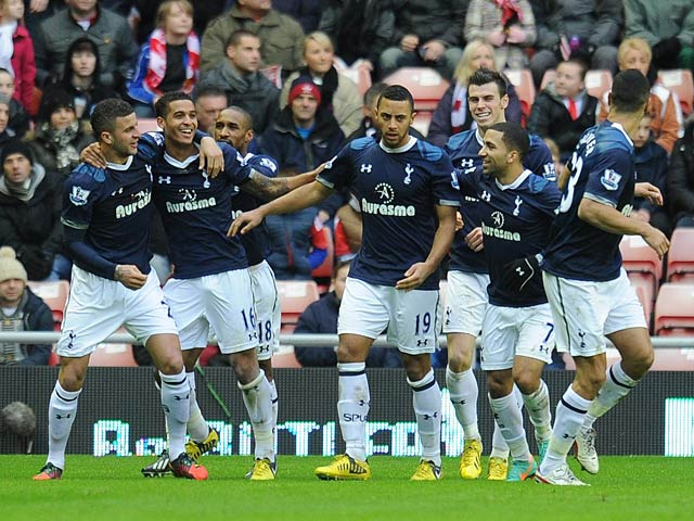 Aaron Lennon is congratulated by team mates after scoring the winning goal against Sunderland on December 29, 2012