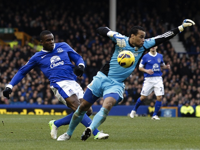 Everton striker Victor Anichebe duels with Swansea keeper Michel Worm on Janauary 12, 2013