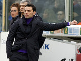 Fiorentina coach Vincenzo Montella on the touchline during the match against Napoli on January 20, 2013