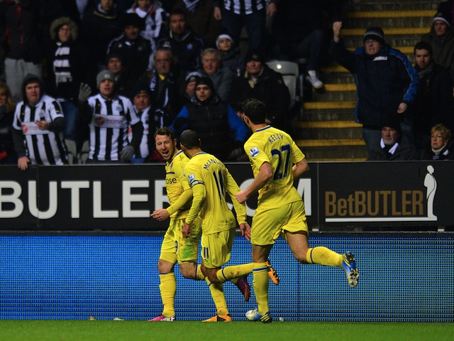 Reading's Adam Le Fondre celebrates his equaliser against Newcastle on January 19, 2013