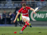 Wales' Leigh Halfpenny kicks a penalty during his side's 6 Nations match against France on February 9, 2013