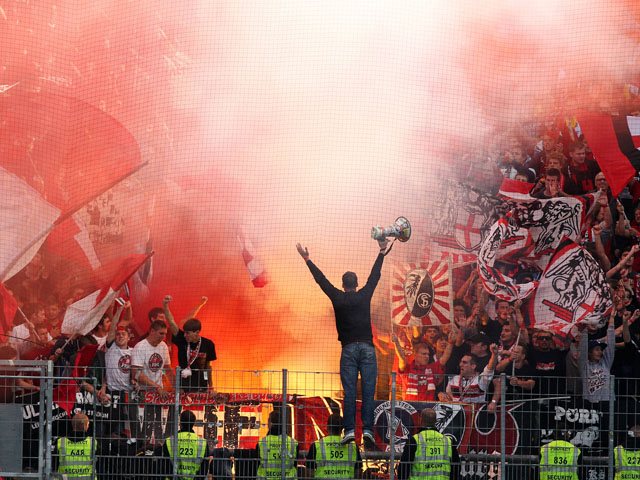 Freiburg supports during a match on September 30, 2012