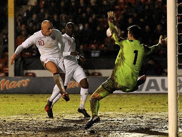 England under 21s' Jonjo Shelvey scores against Sweden on February 5, 2013
