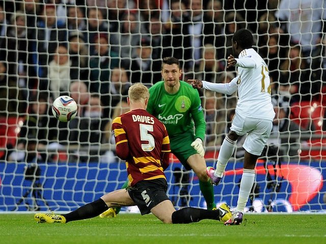 Swansea's Nathan Dyer makes it 3-0 against Bradford on February 24, 2013