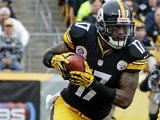 Pittsburgh Steelers wide receiver Mike Wallace in action on December 9, 2012