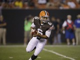Cleveland Browns quarterback Seneca Wallace scrambles against the Chicago Bears on August 30, 2012