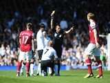 Fulham midfielder Steve Sidwell is dismissed after a bad tackle on Mikel Arteta on April 20, 2013