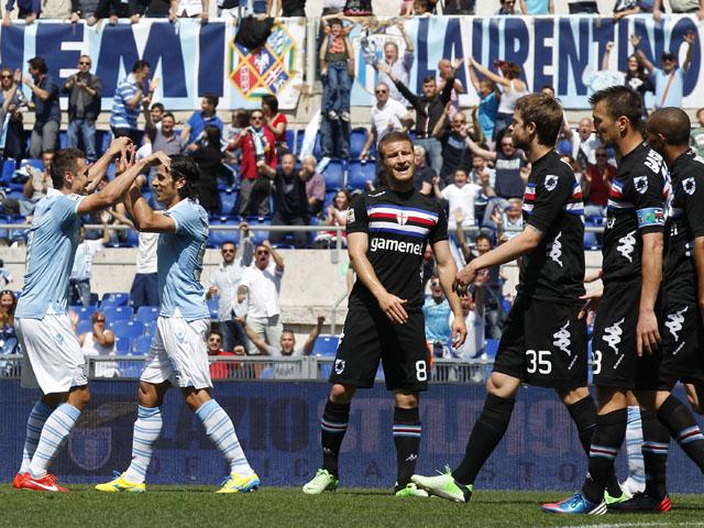 Lazio forward Sergio Floccari celebrates scoring against Sampdoria on May 12, 2013