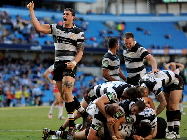 Hull players celebrate after Chris Green scores the winning try during the Super League match against Hull KR on May 25, 2013