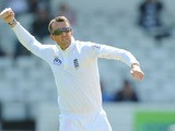 Englands Graeme Swann celebrates taking the wicket of New Zealands Dean Brownlie on May 26, 2013