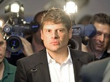 Former German cyclist Jan Ullrich arrives at the court in Duesseldorf on November 18, 2008