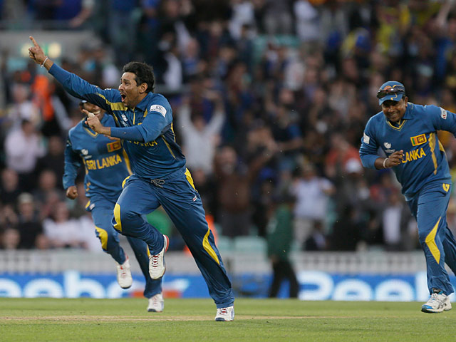 Sri Lanka's Tilakaratne Dilshan celebrates moments after catching out Australia's Clint McKay during the ICC Champions Trophy on June 17, 2013