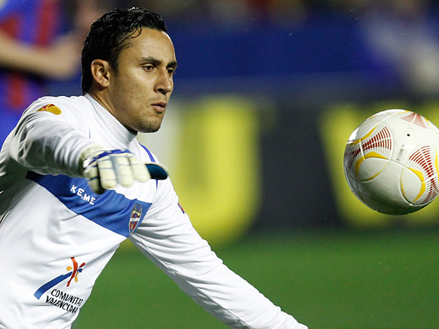 Levante goalkeeper Keylor Navas in action on March 7, 2013