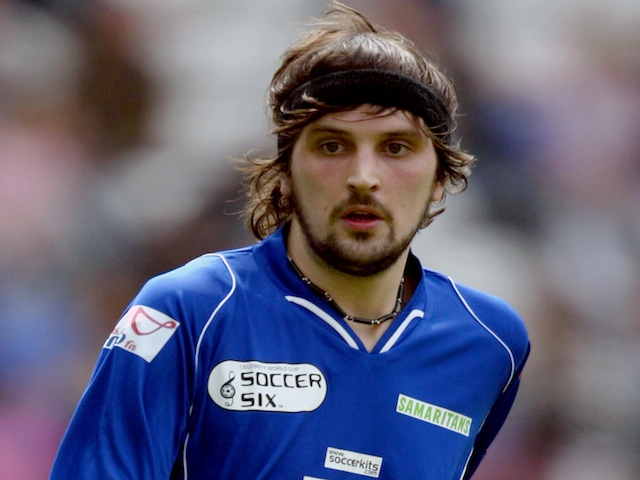 Kasabian's Serge Pizzorno in Soccer Sixes action on May 14, 2006