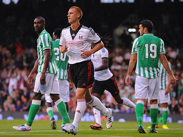 Fulham's Steve Sidwell celebrates after scoring the opening goal against Real Betis during a friendly match on August 5, 2013