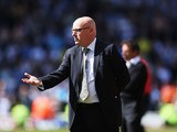 Brian McDermott  gestures during the npower Championship match between Watford and Leeds United at Vicarage Road on May 4, 2013