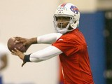 EJ Manuel of the Buffalo Bills works out during the Buffalo Bills rookie camp on May 10, 2013