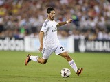 Isco #23 of Real Madrid contorls the ball during the International Champions Cup match against the Los Angeles Galaxy at University of Phoenix Stadium on August 1, 2013