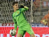 Thibaut Courtois of Belgium throws the ball during the International friendly match between Belgium and France at the King Baudouin Stadium on August 14, 2013