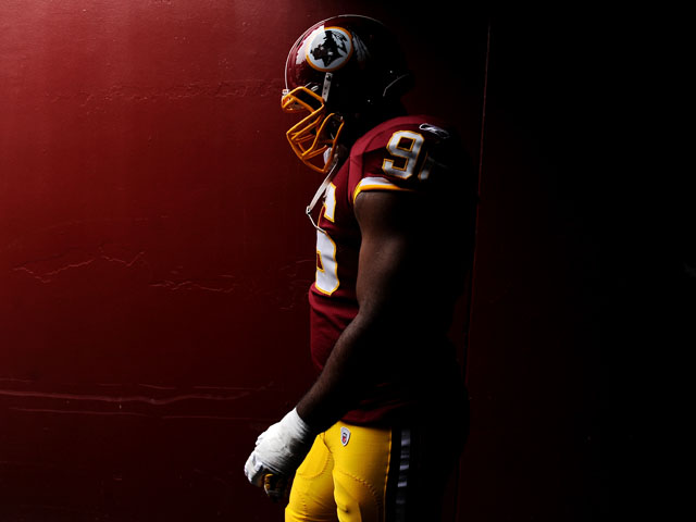 Defensive tackle Barry Cofield #96 of the Washington Redskins takes the field before playing the Arizona Cardinals at FedExField on September 18, 2011