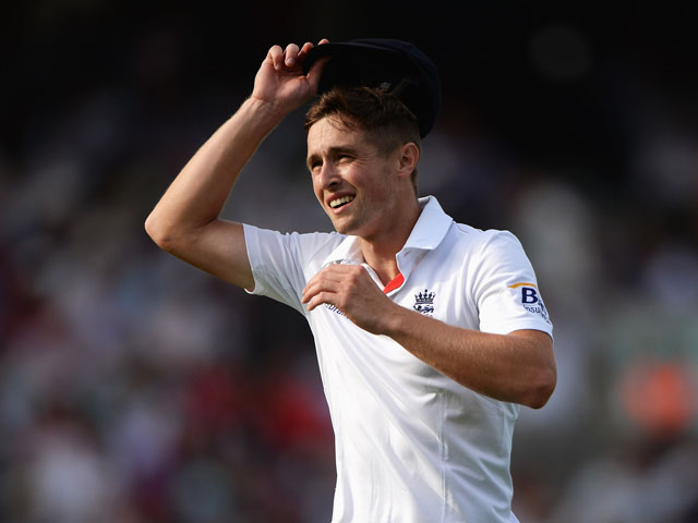 Chris Woakes of England grimaces in the field during day one of the 5th Investec Ashes Test match between England and Australia at the Kia Oval on August 21, 2013
