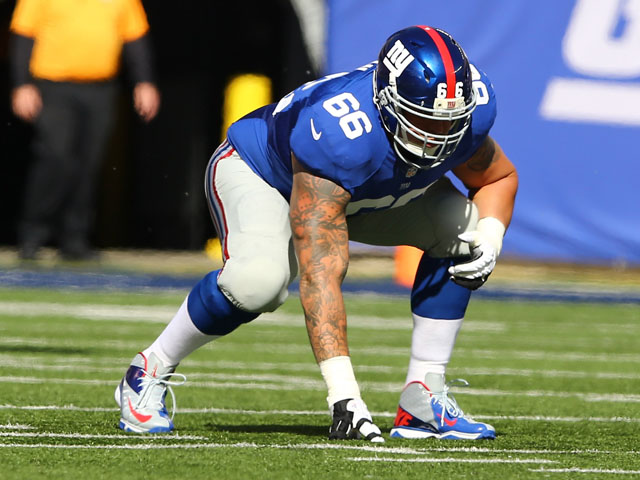 David Diehl #66 of the New York Giants in action during their game against the Washington Redskins at MetLife Stadium on October 21, 2012