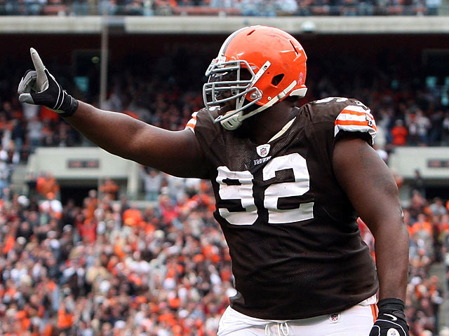 Cleveland Browns' Shaun Rogers in action during the game against Cincinnati Bengals on October 4, 2009