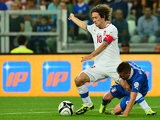 Czech's Tomas Rosicky and Italy's Emanuele Giaccherini battle for the ball during their World Cup qualifier on September 10, 2013
