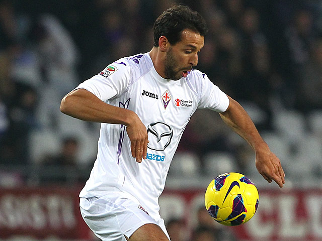 Fiorentina's Mounir El Hamdaoui in action against Torino on November 25, 2012
