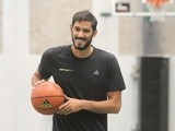 Omri Casspi practices during adidas Eurocamp day three at La Ghirada sports center on June 10, 2013