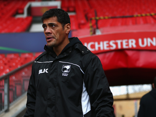 Stephen Kearney, head coach of New Zealand looks on during the New Zealand training session at Old Trafford on November 29, 2013