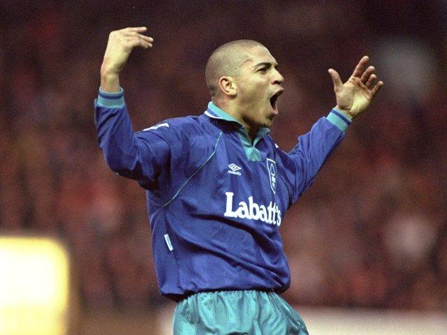 Stan Collymore celebrates scoring for Nottingham Forest against Manchester United on December 17, 1994.