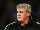 Steve Bruce, manager of Hull City looks on prior to the Barclays Premier League match between Crystal Palace and Hull City at Selhurst Park on January 28, 2014