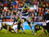 Matt Smith of Bath leaves the Tigers in his wake during the LV Cup match between Leicester Tigers and Bath at Welford Road on January 31, 2014