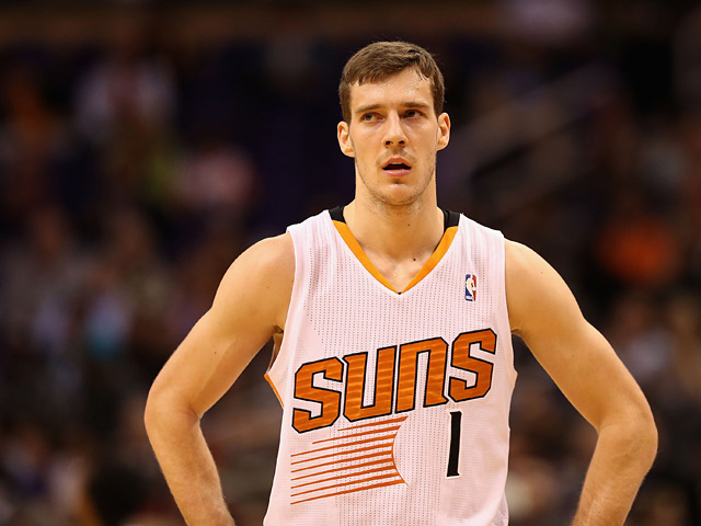 Phoenix Suns' Goran Dragic in action against Los Angeles Lakers on January 15, 2014