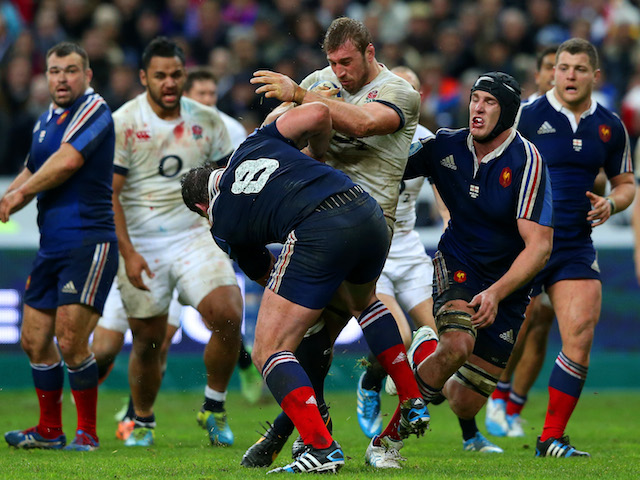 Louis Picamoles of France closes down Chris Robshaw of England during the RBS Six Nations match between France and England at Stade de France on February 1, 2014