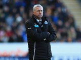 Alan Pardew manager of Newcastle United looks on during the Barclays Premier League match between Hull City and Newcastle United at KC Stadium on March 1, 2014