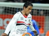 Nice's French midfielder Fabrice Abriel controls the ball during the French L1 football match Guingamp vs Nice on February 22, 2014