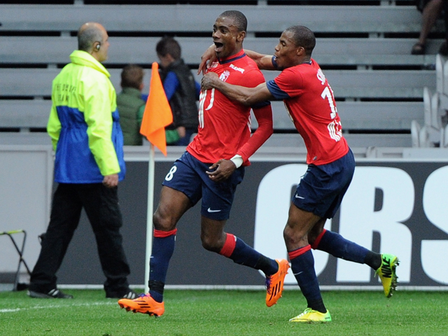 Lille's Ivorian forward Salomon Kalou celebrates after scoring a goal during the French L1 football match Lille vs Gingamp on March 30, 2014