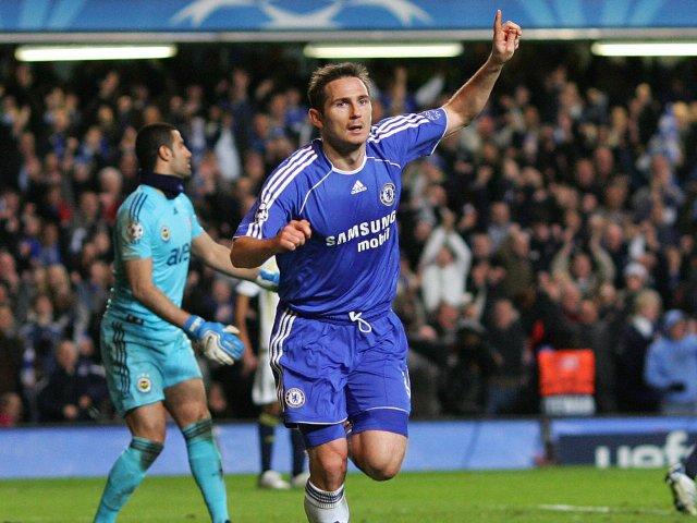 Chelsea's Frank Lampard celebrates scoring against Fenerbahce at Stamford Bridge on April 08, 2008.