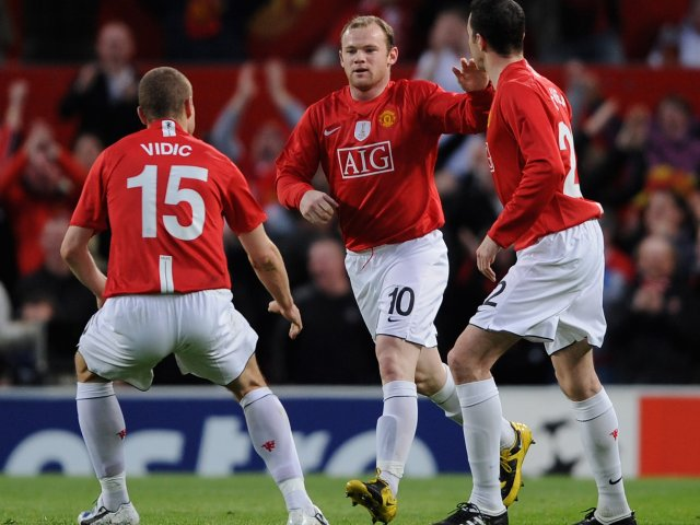Wayne Rooney celebrates his goal for Manchester United against Porto on April 07, 2009.