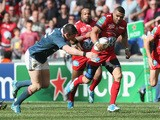 Bryan Habana of Toulon breaks with the ball during the Heineken Cup semi final match between Toulon and Munster at the Stade Velodrome on April 27, 2014